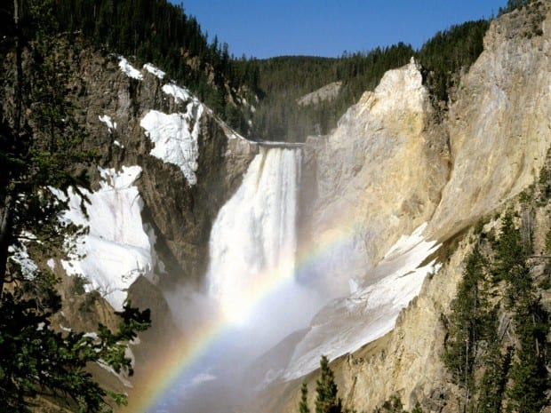Yellowstone-National-Park-4